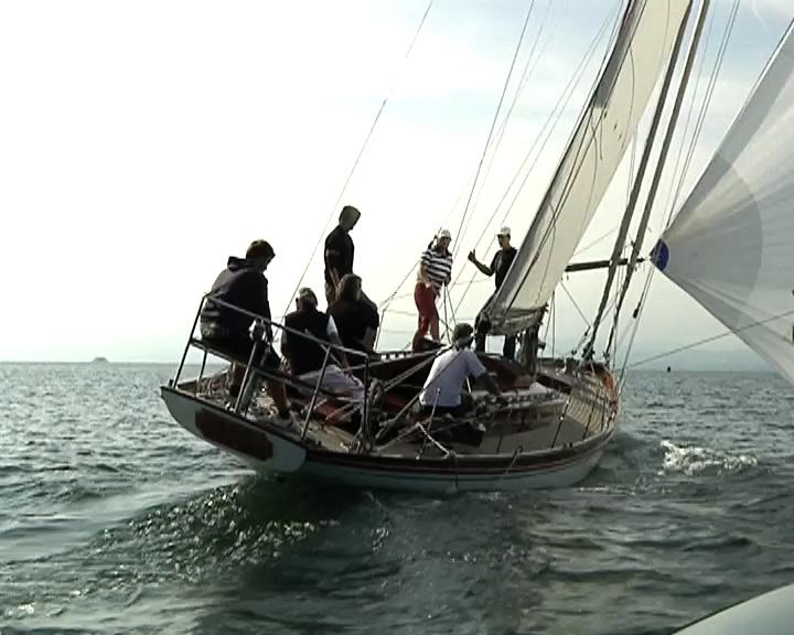 Bei der Oldtimer-Regatta gehen nicht nur alte Boote segeln