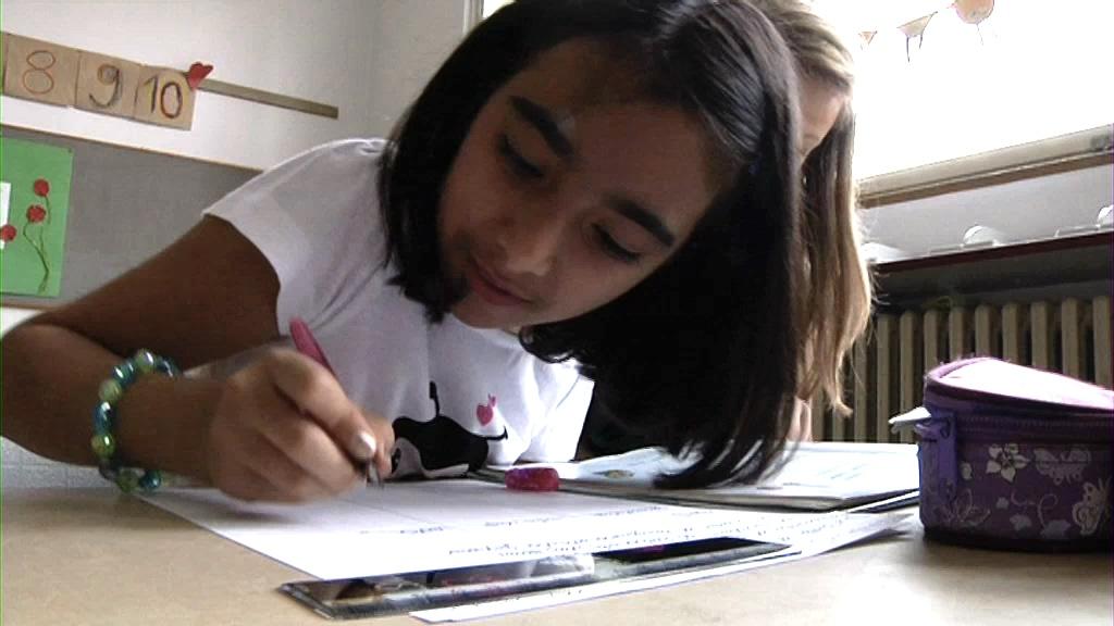 Bei Brothers & Sisters sind Studenten als Mentoren für Schulkinder da