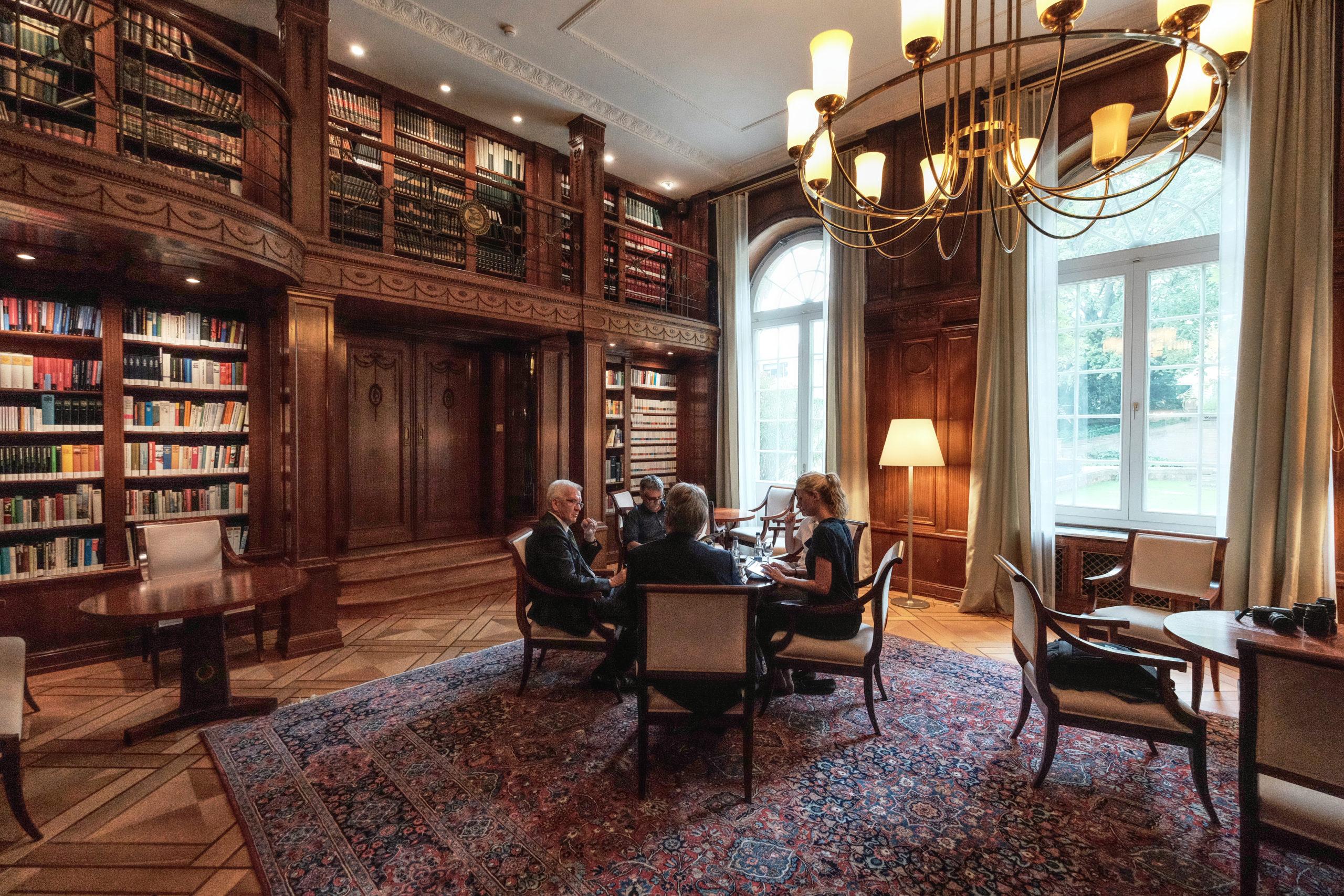 Interview mit dem Landesvater in der Villa Reitzenstein