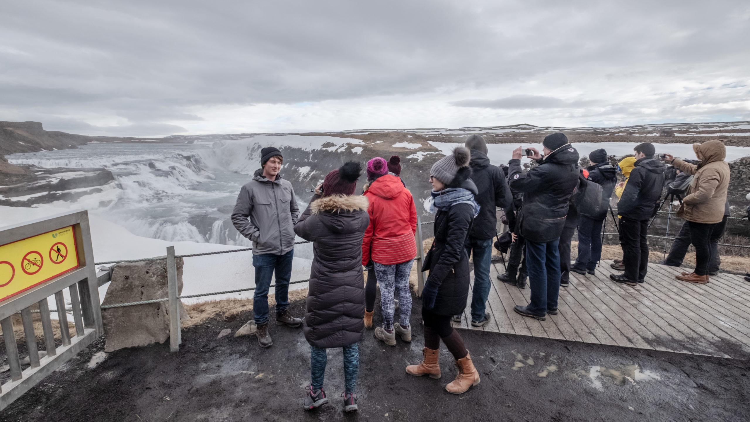 Overtourism in Island – das Land, in dem Fotografen an jeder Ecke Schlange stehen